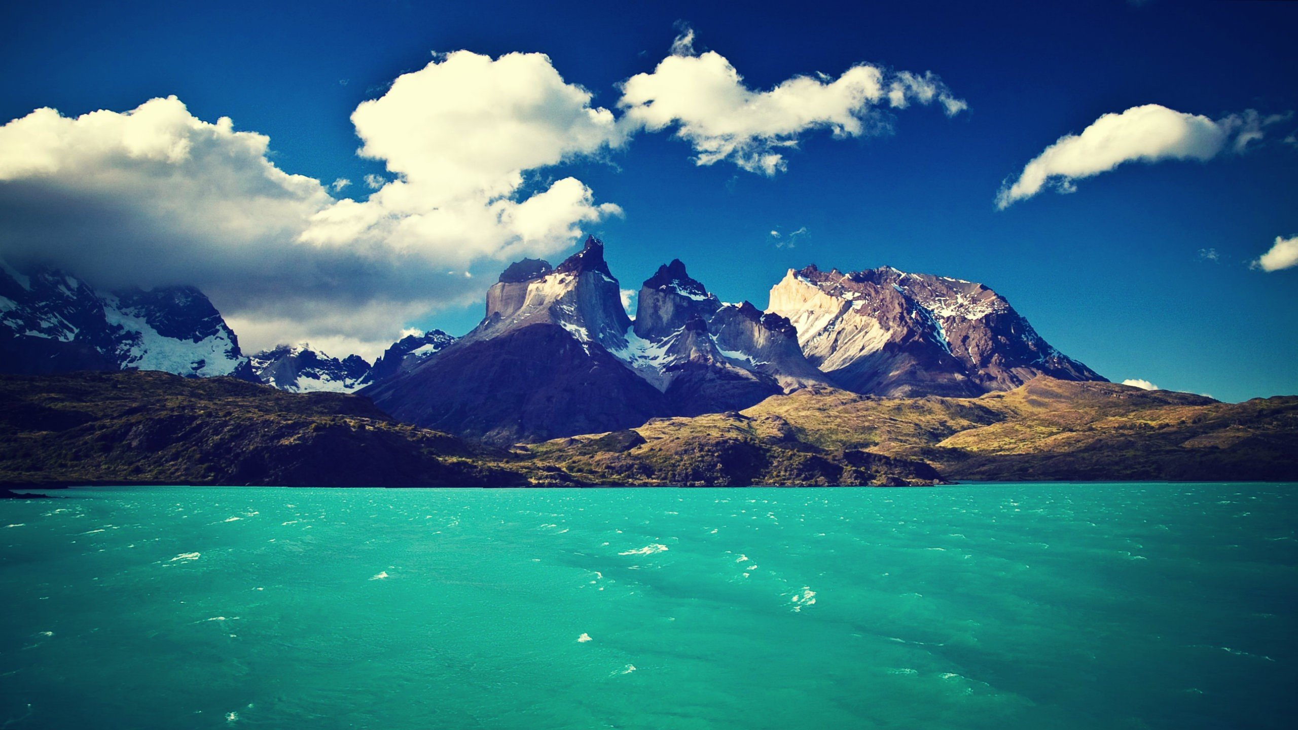 Download A View mountain and sea HD