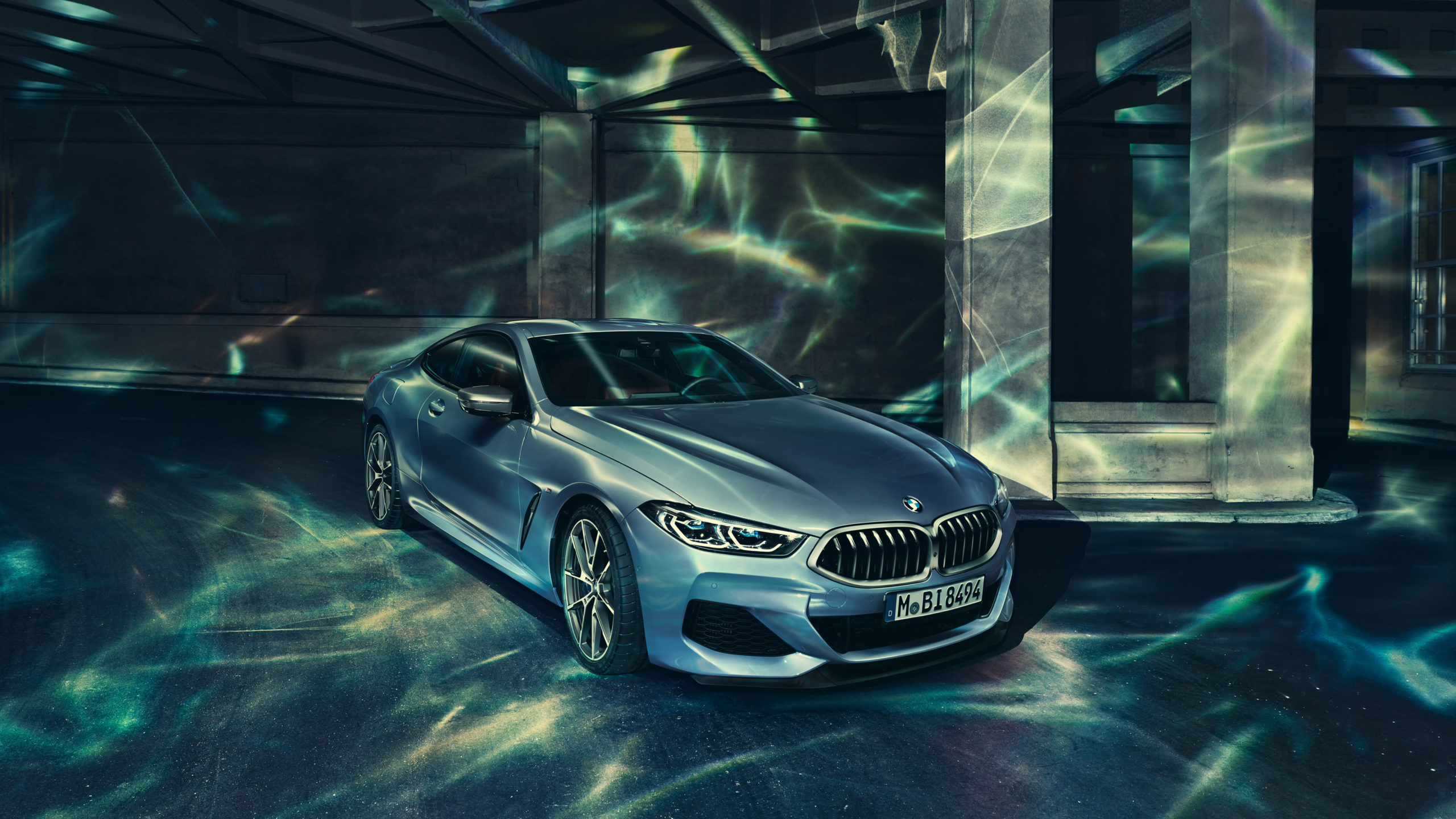 Download Bmw 8 Series And The Lightrig 4K