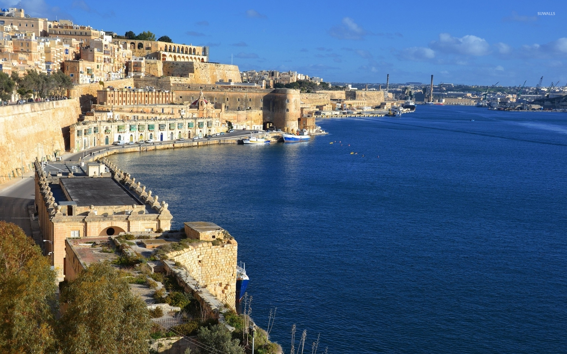 City-Of-Valletta-Guarded-By-A-Stone-Frotress-48975-1920×1200-Wallpaper
