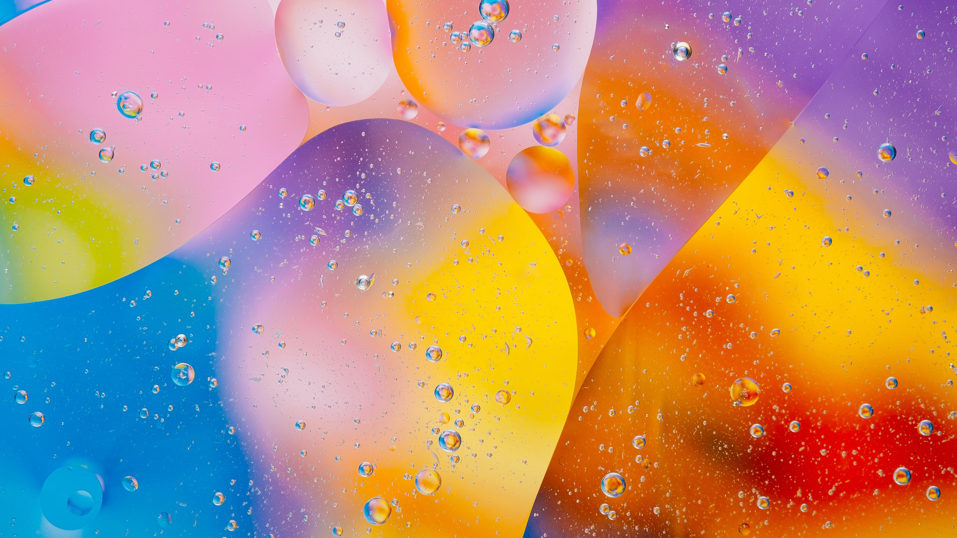Abstract-02/Colorful Oil Bubbles HD.jpg Desktop
