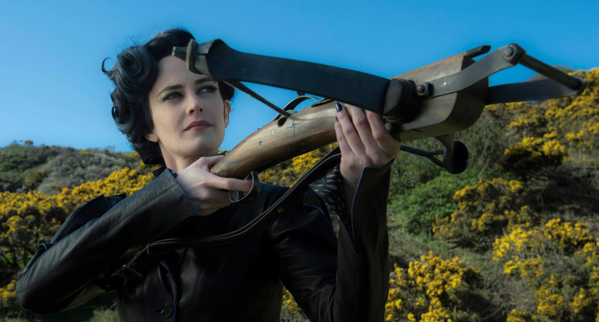 784884 byte size of Eva Green IN Miss Peregrines Home For Peculiar Children AD.jpg