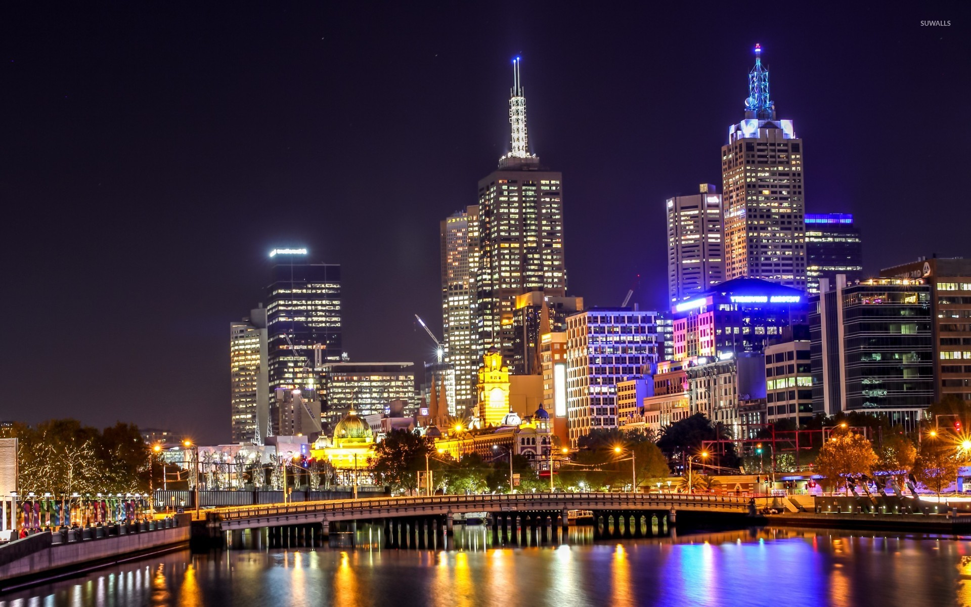 Melbourne Night Light Reflecting In The Water 47500 1920×1200 Wallpaper