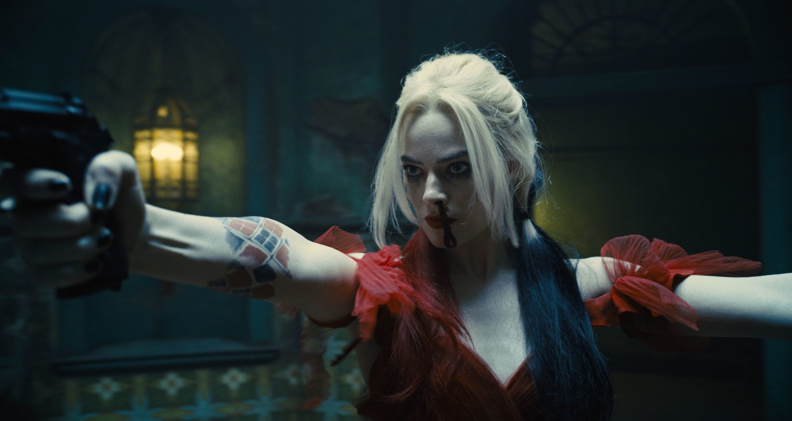 784884 byte size of The Suicide Squad Harley Quinn Margot Robbie YG.jpg