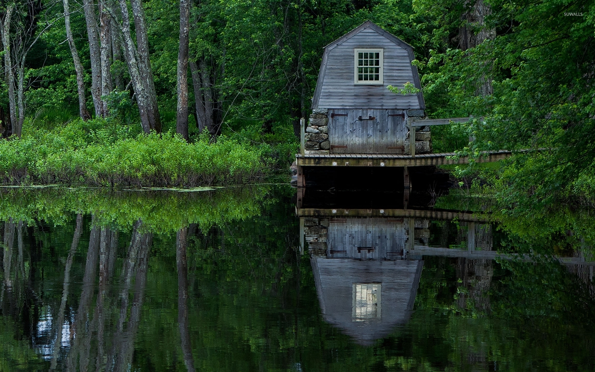 Wooden-Boat-Garage-On-The-Lake-51567-1920×1200-Wallpaper