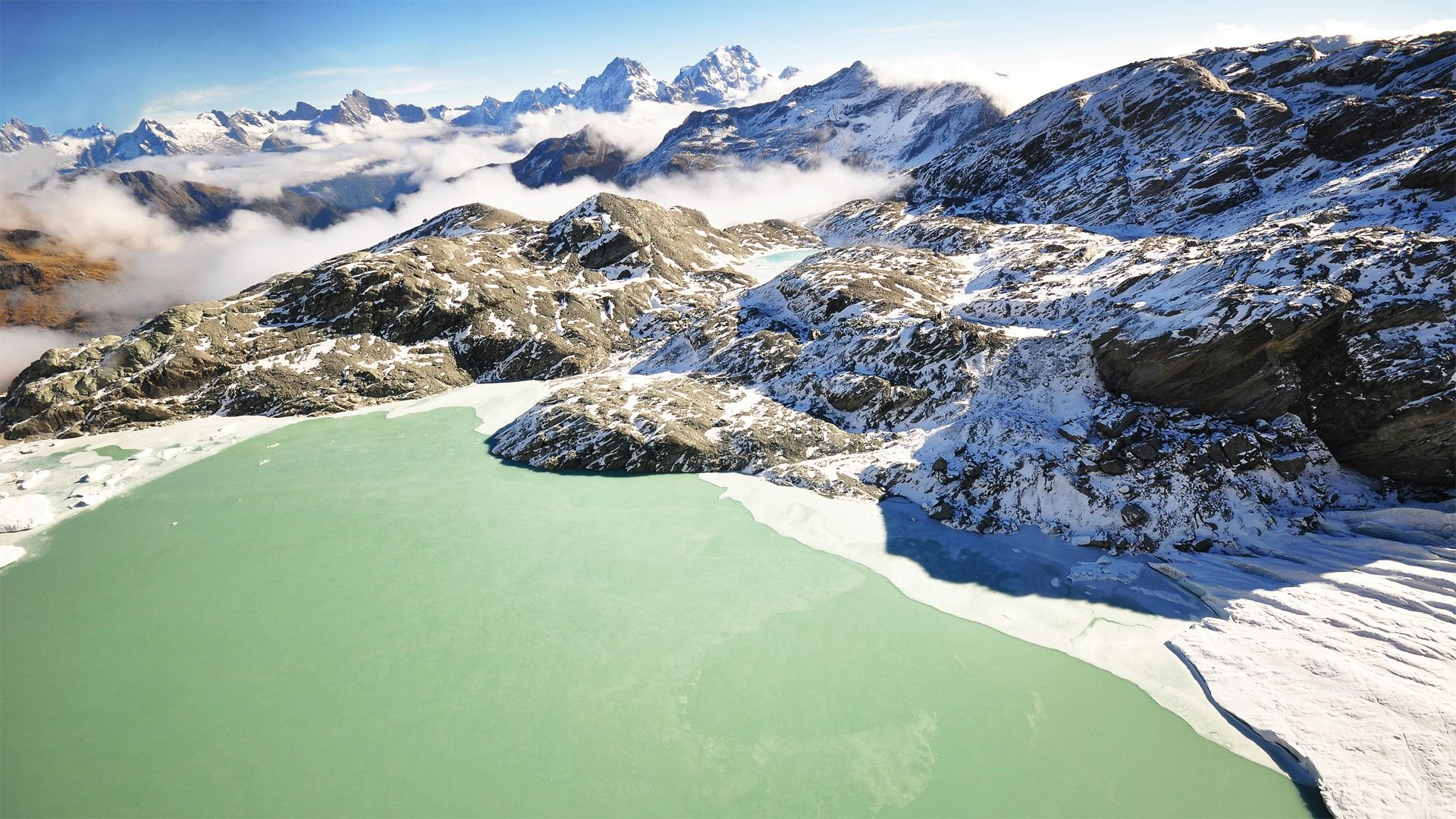 Download New Zealand Fjord Lake