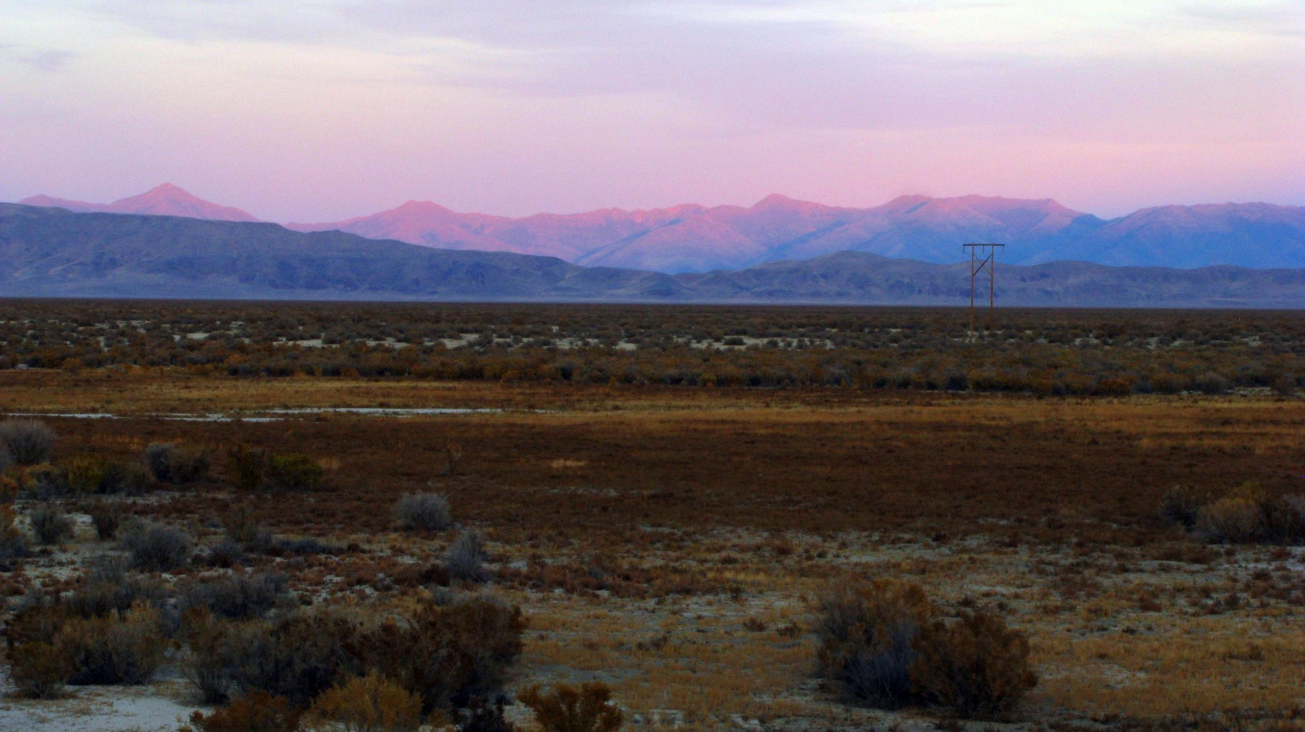 Download Purple Mountains Of Nevada Wallpaper